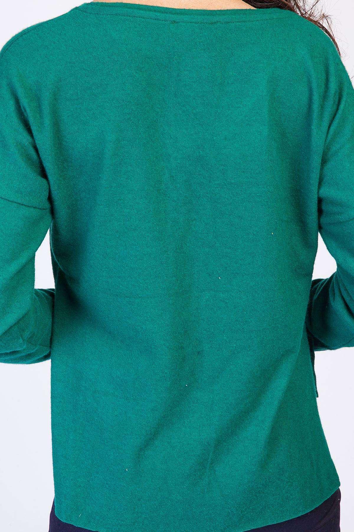 Tüylü Cep Detaylı V Yaka Uzun Kol Sweatshirt Zümrüt
