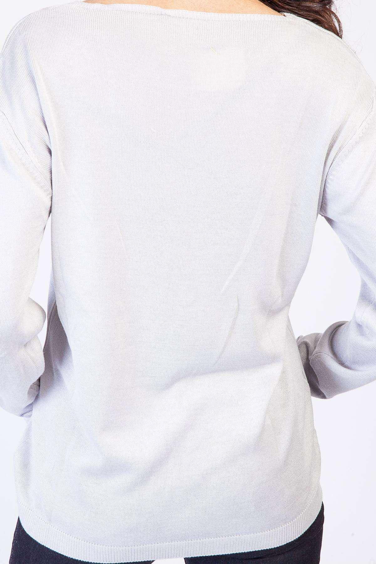 Yaka Dekolte Detaylı Triko Bluz Gri
