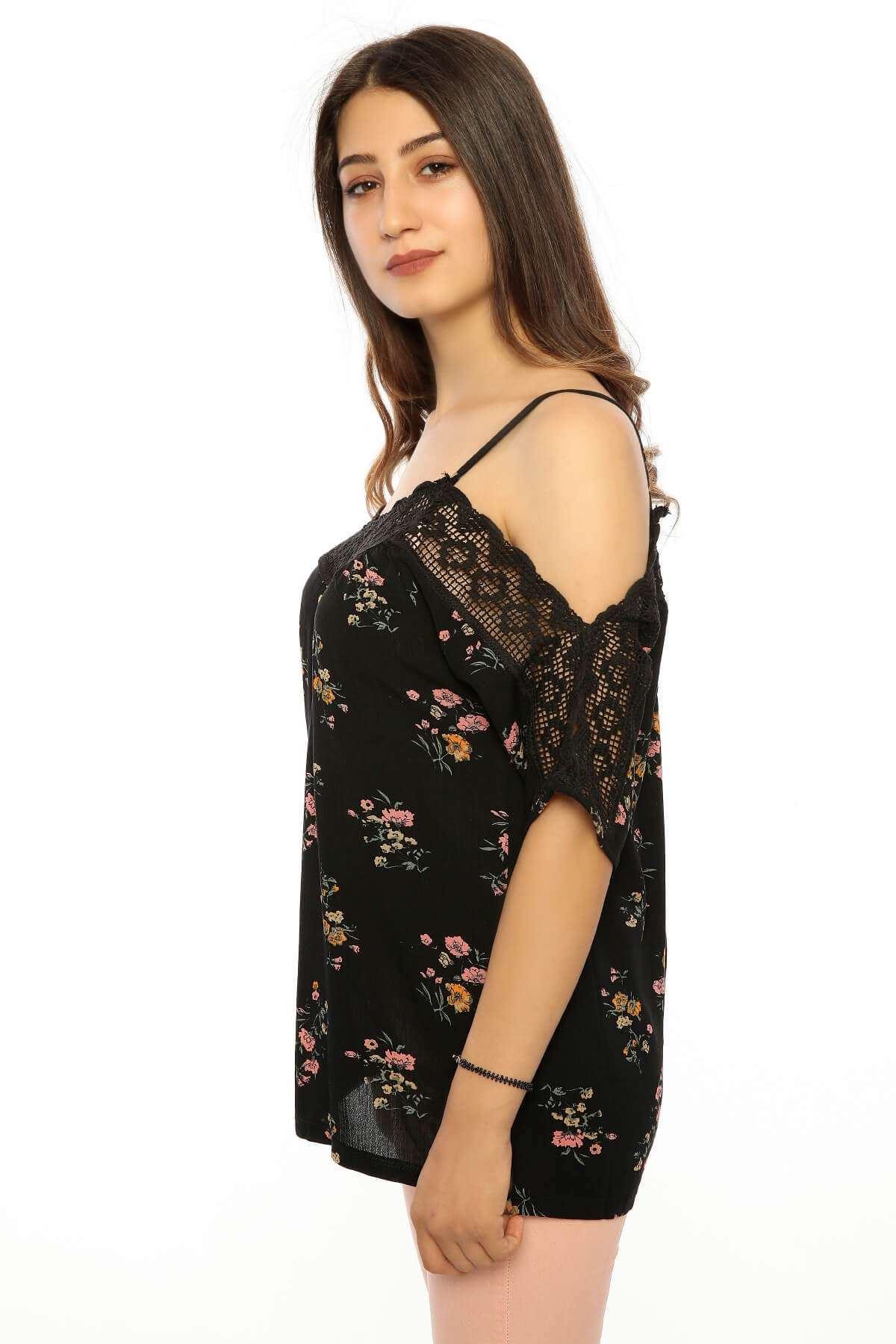Yaka Dantelli Çiçek Desenli Salaş Bluz Siyah