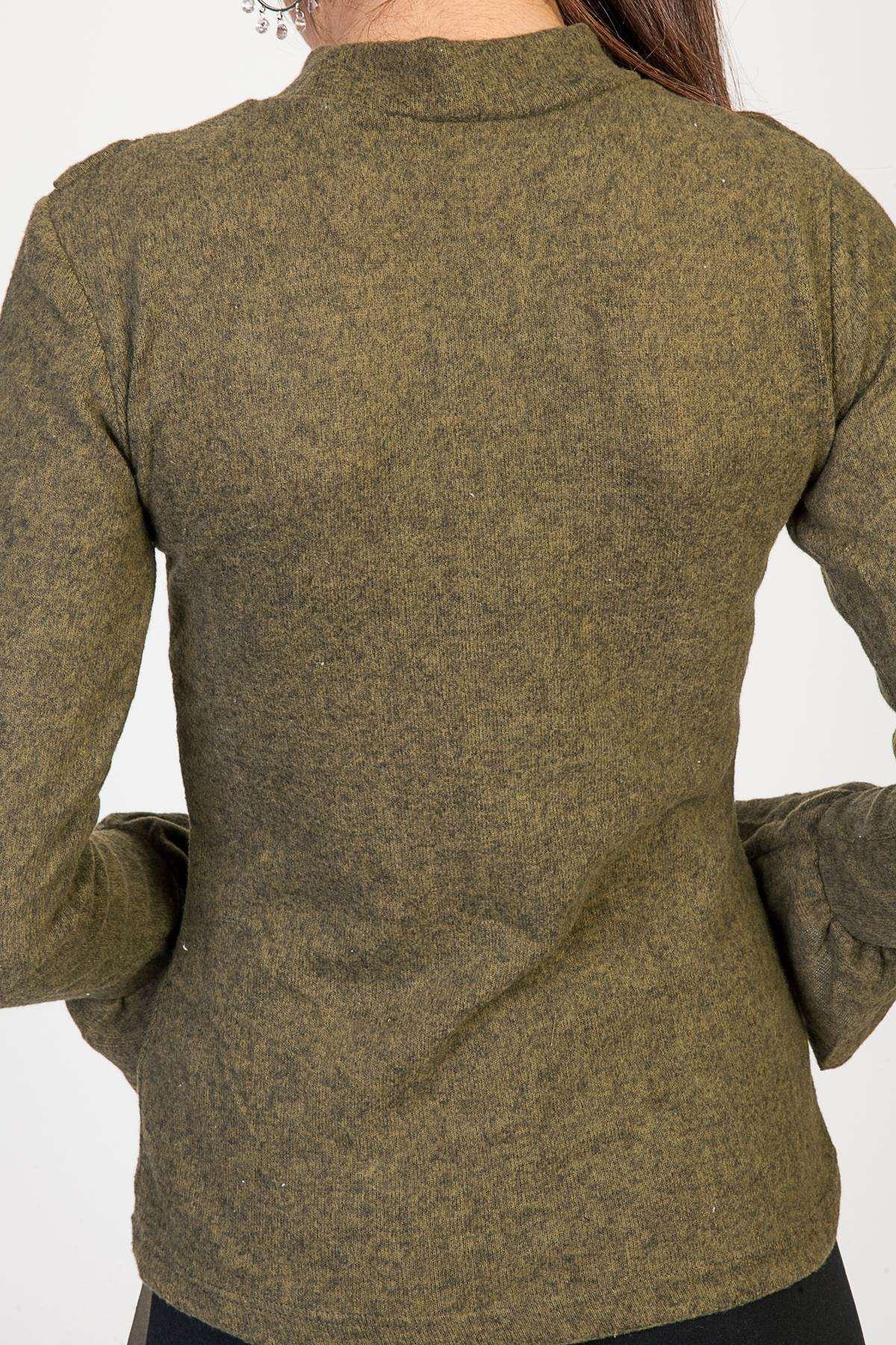 Yaka Fırfır Ve İncili Kol Ucu Detaylı Yumoş Bluz Haki