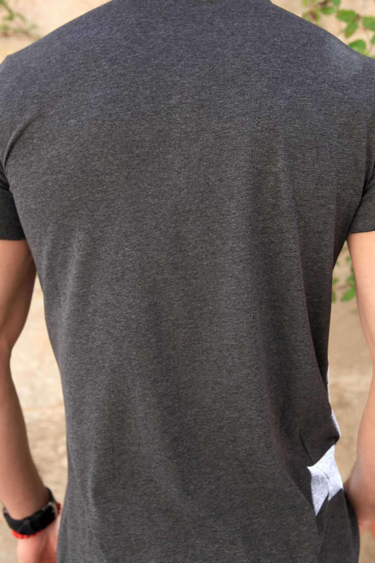 Yakası Çıtçıtlı Önü Kısa Arkası Uzun Pis Yaka Tişört Antrasit