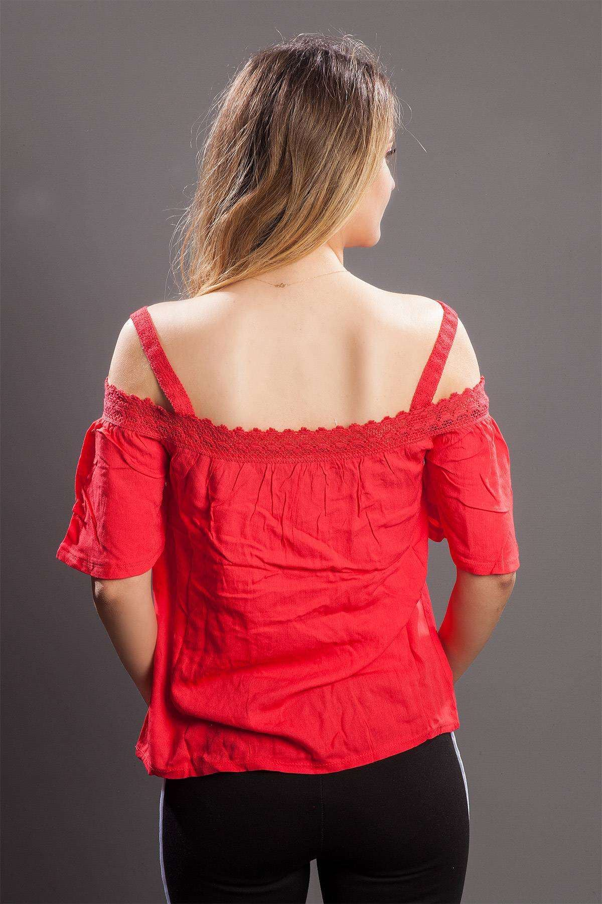Yakası Dantel Detaylı Bluz Kırmızı