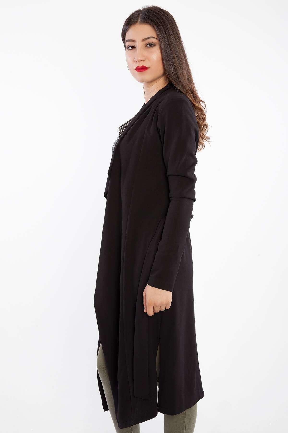 Yanları Yırtmaçlı Kemer Detaylı Ceket Siyah
