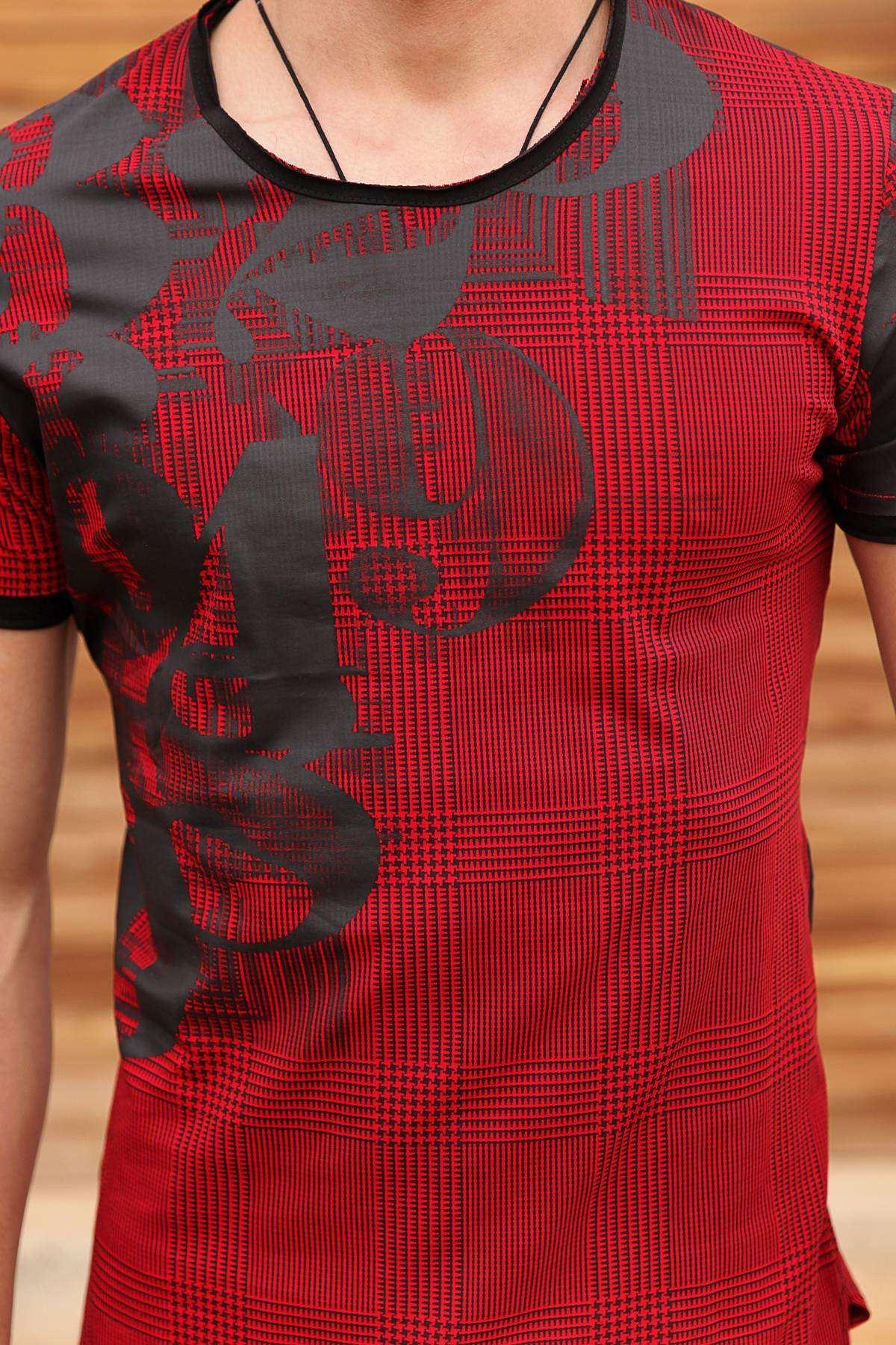 Yanı 49 Baskılı Desenli Pis Yaka Tişört Kırmızı