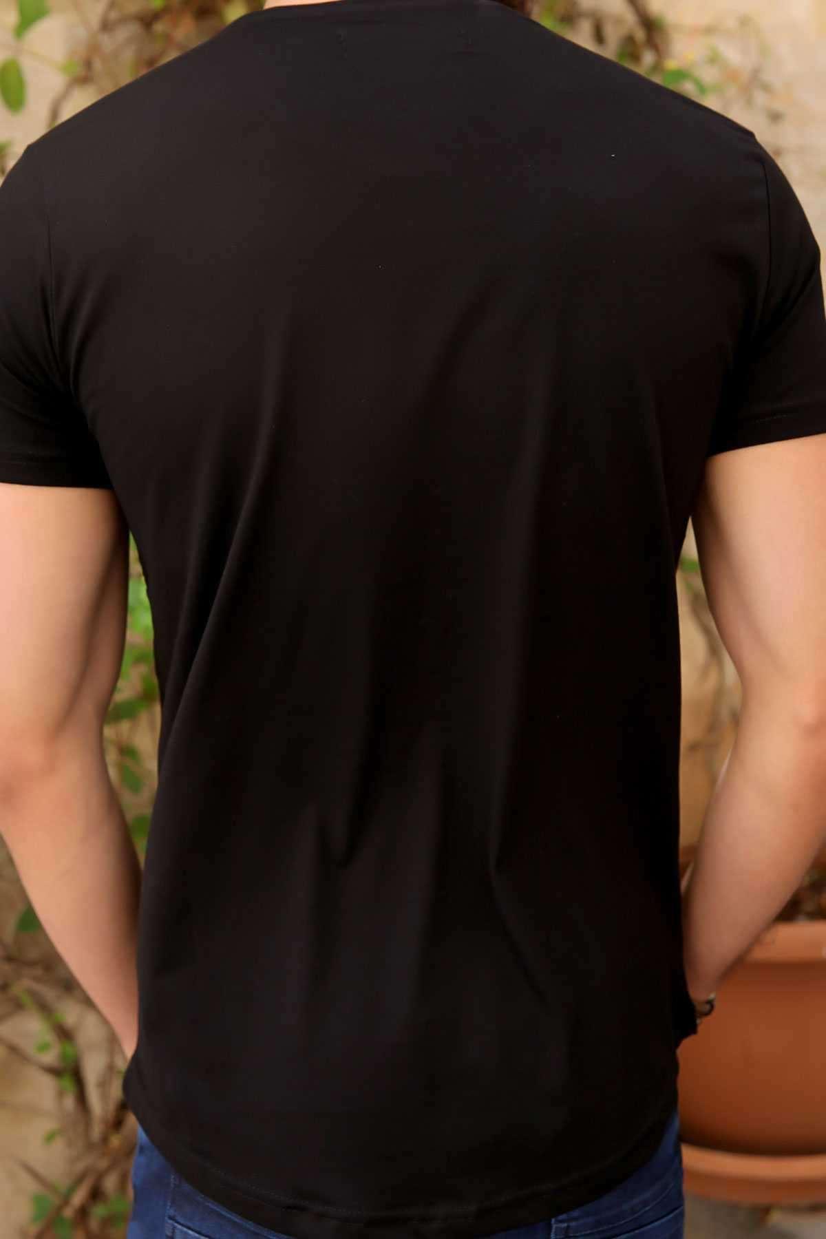 Yuvarlak Petek Desenli Est Yazı Baskılı Slim Fit Tişört Siyah